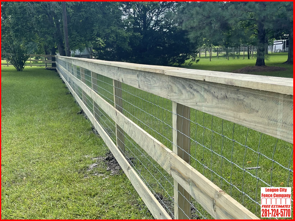 4-FT-Ranch-Style-Fence-League-City-Fence-Company