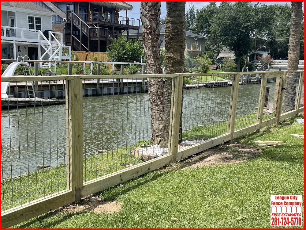 5-FT-Wire-Panel-Fence-League-City-Fence-Company