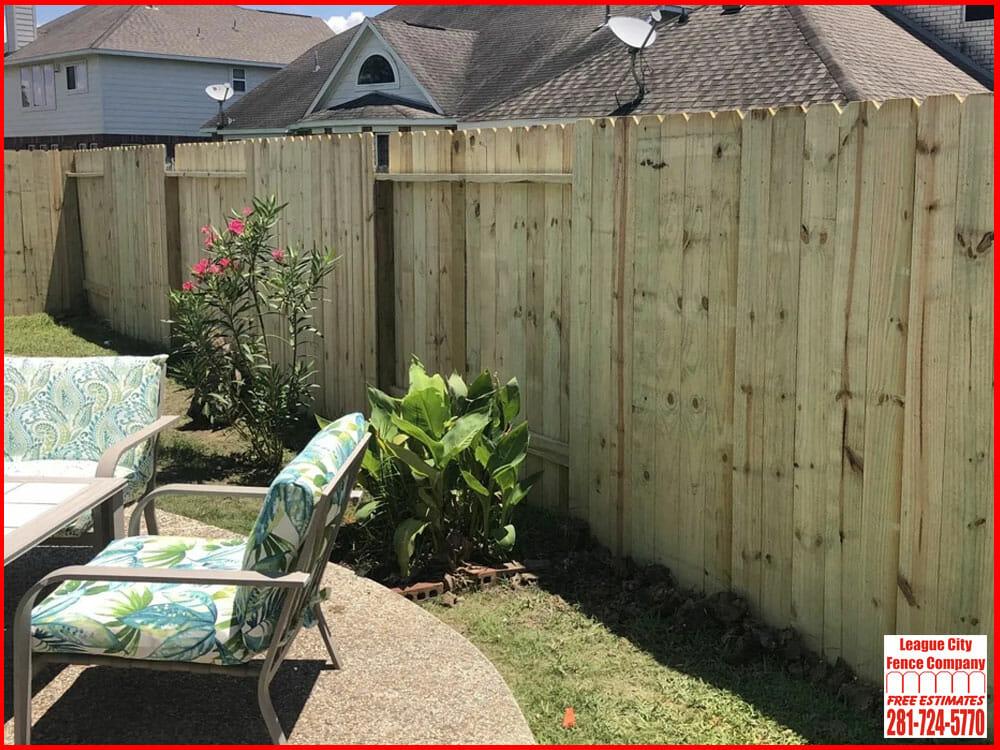 Pine-Fence-2-League-City-Fence-Company